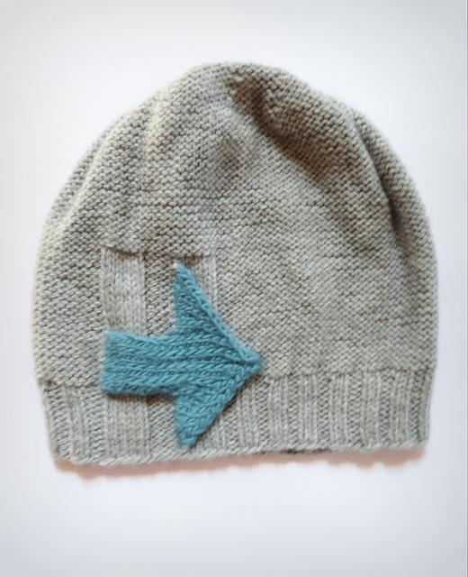 I'm With Her Hat via Ravlery